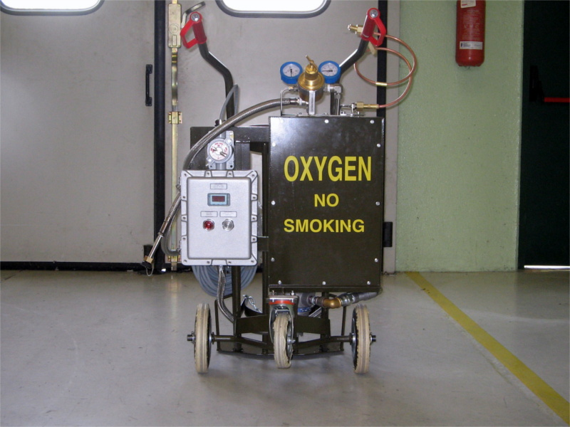 Military on-board purging unit for air liquid oxygen.