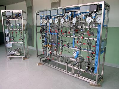 Design and manufacturing of gas and liquid distribution panels and control systems
